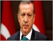 الشعب التركي يعاند أردوغان ويتجاهل الليرة بسبب الذهب