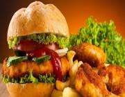 """""""البلدية والقروية"""" تُلزم المطاعم والمقاهي بوضع السعرات الحرارية أمام الوجبات والعصائر"""