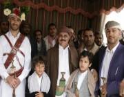 """""""التحالف"""" يتمكن من الإفراج عن اثنين من أبناء الرئيس اليمني السابق علي عبدالله صالح"""