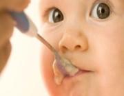 ماهي أسباب عسر الهضم لدى الرضع؟