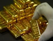 الذهب يتراجع لأقل سعر في شهر مع تعزز الدولار