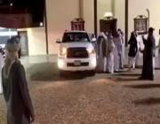 بالفيديو.. مواطنون يُودعون مقيم مصري بإهدائه سيارة حديثة في نجران