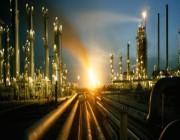 النفط يقفز أكثر من 5 % بعد اتفاق أوبك على خفض الإنتاج