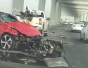 فيديو لحادث مروع نتيجة التجاوز الخاطئ