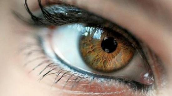 دراسة : حركة عينيك تكشف نوع شخصيتك