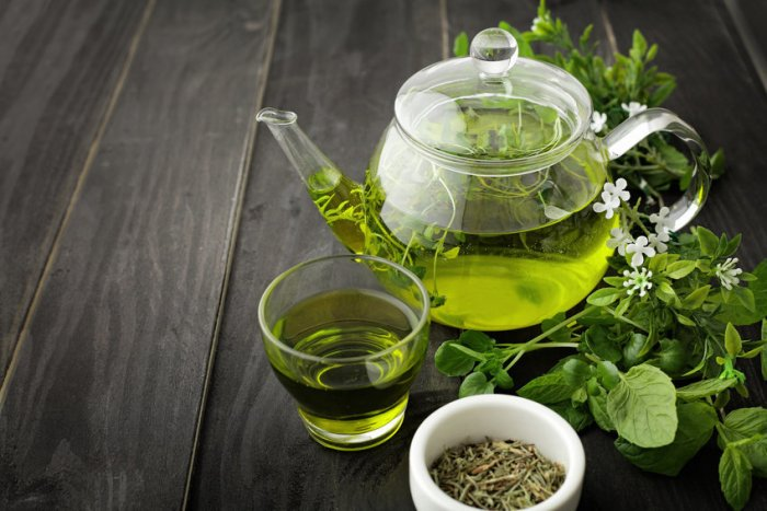 دراسة: الشاي الأخضر يقضي على السرطان