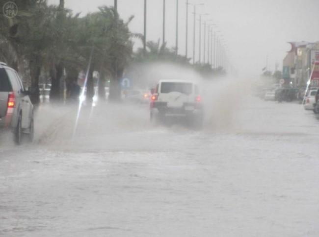 تنبيهات متقدّمة أمطار و سيول في أغلبية مناطق المملكة