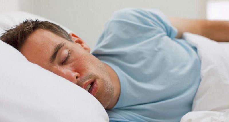 النمر يحذر من النوم أقل من 6 ساعات يوميًّا: هذه أضراره