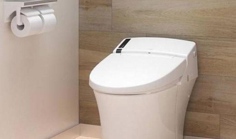 دراسة: هاتفك أقذر بـ 7 أضعاف من مقعد المرحاض